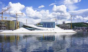 Oslo bygger kulturbygg i stor stil. Her nye Deichmanske biblotek og Munchmuseet. Foto: VisitOslo / Tord Baklund