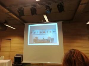 Kunstprosjekt med utgangspunkt i kjøkkenutstyr som var en del av gresk Marshall-hjelp.